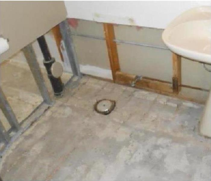 Water Damage – Fort Myers Bathroom